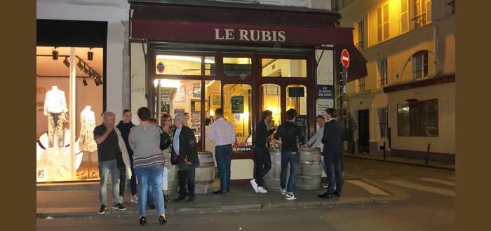 パリのビストロにTOTOのトイレがやってきた Le Rubis